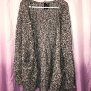 Oversized Zara Italian yarn sweater cardigan